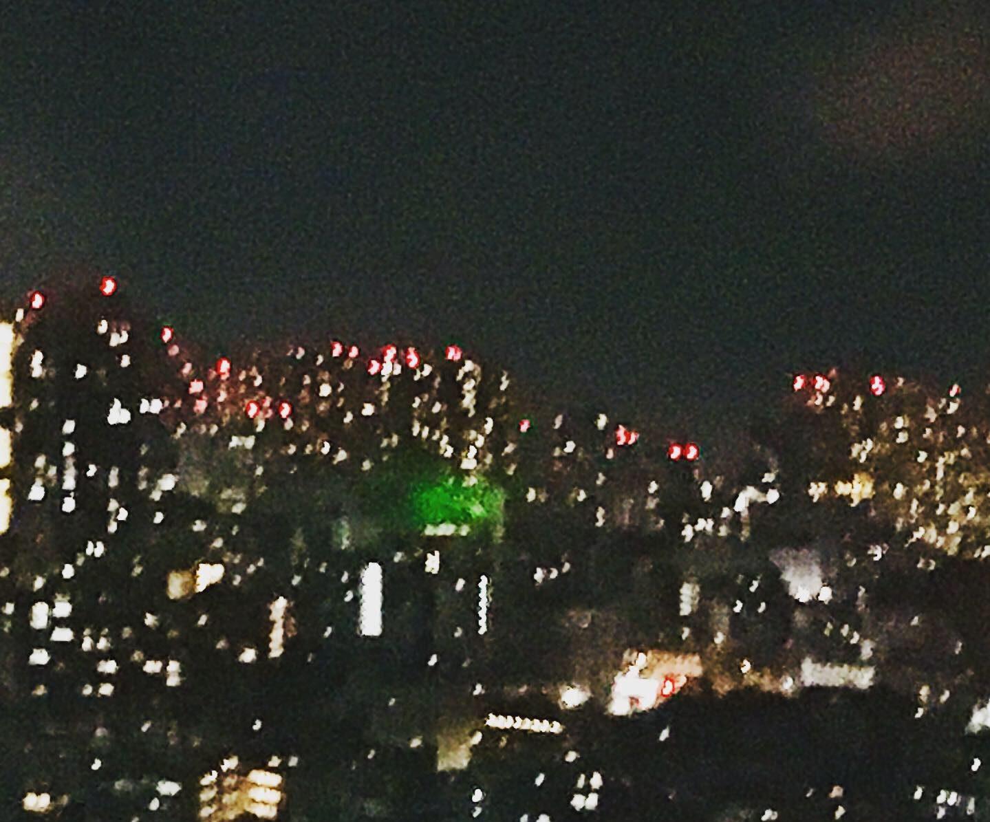 東京の窓から